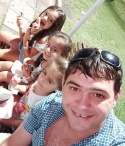 Cristian e hijas