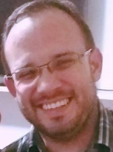 Dr. Martínez